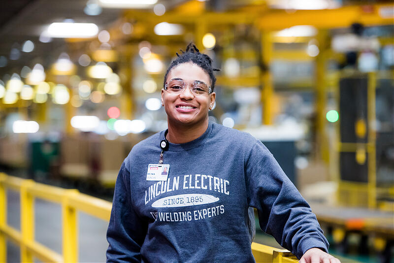 Lincoln Electric employee Deonia Duncan