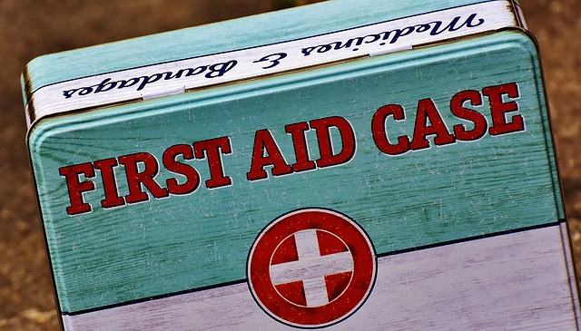 first-aid-1732523_640